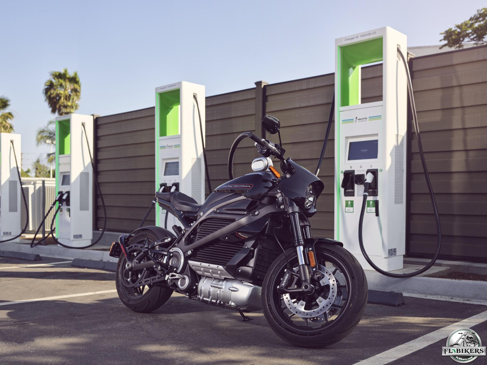 Harley-Davidson's LiveWire Charging Stations Dilemma